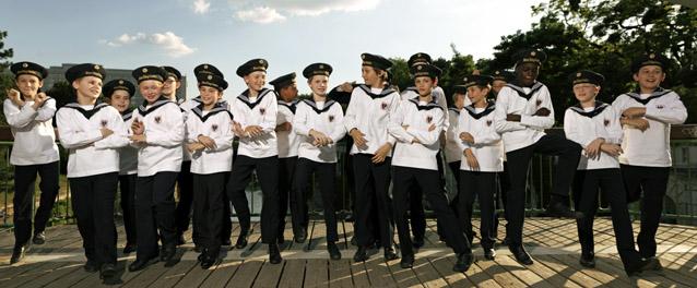 ウィーン少年合唱団公式ファンク...